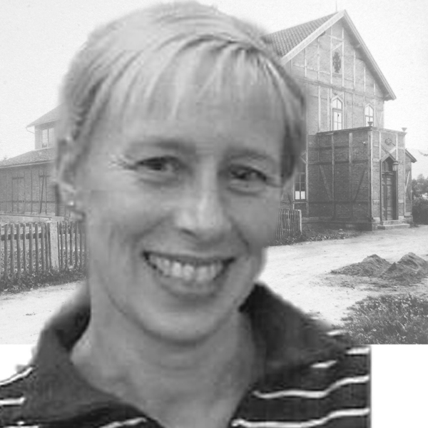 Martina Neudenberger, Schriftwartin und Geschäftsführerin